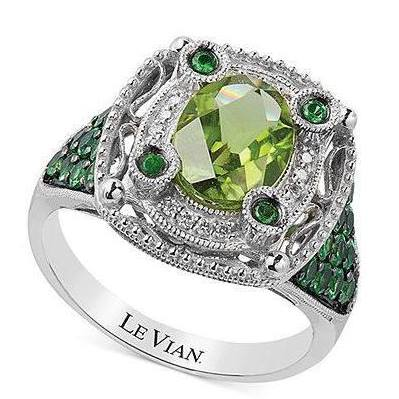 Large Color Diamonds Ring in square shape.