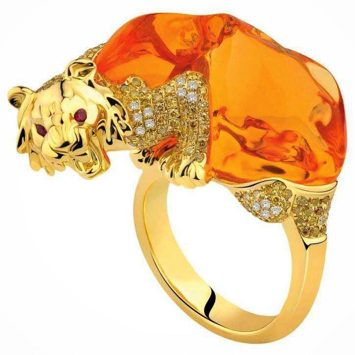Perhaps the most artistic design with color diamonds in the shape of tiger