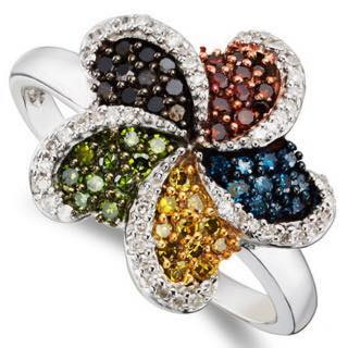 Clover Leaave color diamonds ring.
